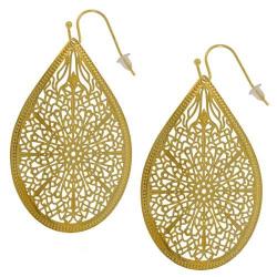 Boucles d'oreilles filigrane dorées modèle goutte