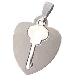 Pendentif cœur avec clé en acier